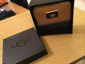 Ladies UGG Purse With Box