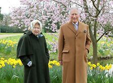HM Queen Elizabeth & Prince Charles 5x7 Gloss Colour Photograph (1)