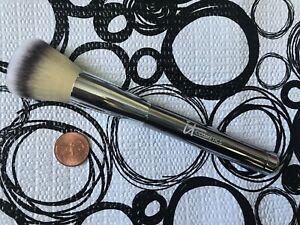 "IT Cosmetics Silver BLUSH / POWDER Brush * 6"" Long * NWOB"