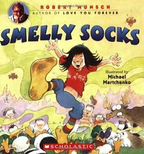Smelly Socks (pb 8x8)  by Robert Munsch - a story of personal hygiene