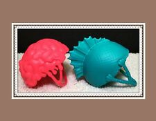 Monster High GHOULIA YELPS / LAGOONA BLUE Roller Maze Replacement Helmet Brain