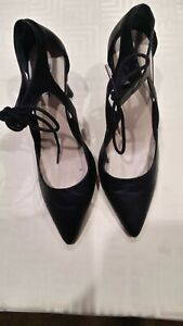 LADIES SANDLER LEATHER SHOES SIZE 7B AS NEW