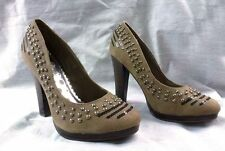 New NOT RATED Studded Pump Sz 8 high heels shoes Brown faux suede studs punk