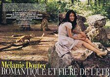COUPURE DE PRESSE CLIPPING 2005 MELANIE DOUTEY   (4 pages)