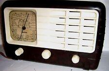 RARE FIND - AN ULTRA T401 BAKELITE VALVE RADIO serial no 11477 - 1940/50