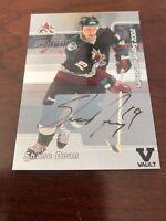 01/02 BAP Autographed Signature Series Shane Doan #D47