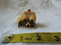 Lilliput Lane Honeysuckle Cottage Miniature  - COMES WITHOUT BOX OR DEEDS