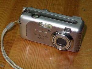 Canon PowerShot A410 3.2MP Digital Camara - Plata