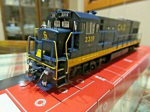 Atlas HO Scale C&O Chesapeake & Ohio GE U23B Locomotive Engine #8667 #2319
