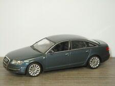 Audi A6 3.2 TFSI Limousine - Minichamps 1:43 *41931