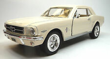 Oldtimer modelo de coleccionista 1964 1/2 Ford Mustang crème aprox. 1:36 de mercancía nueva Kinsmart
