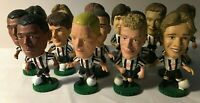 16 Corinthian Prostar Football Figures - Newcastle United 1995