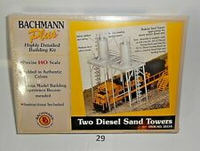 Bachmann Plus #35114 HO Scale Two Diesel Sand Towers Sealed Box Denmark 29
