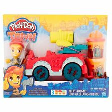 Play-Doh Town Fire Truck Modeling Compound Playset B3416 NEW!