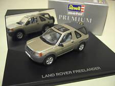LAND ROVER  FREELANDER openback whitegold au 1/43 REVELL 28223 voiture miniature