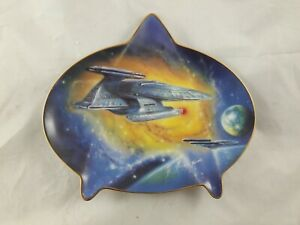 Star Trek Searching the Galaxy Hamilton Plate Collection no COA
