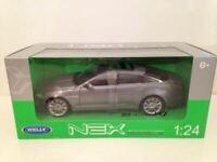 Jaguar XJ 2010 Grey Metallic 1:24 Scale Welly 22517GY NEW