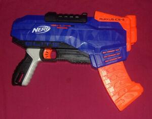 NERF N-Strike Elite RUKKUS ICS-8 Pump Foam Dart Blaster Gun Ruckus Used