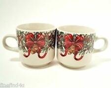 THE CELLAR HOLIDAY WREATH CHINA 1995 MACEY'S 2 COFFEE CUPS  NICE ! XMAS