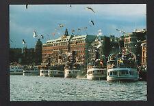 STOCKHOLM (SUEDE) BATEAUX au GRAND HOTEL