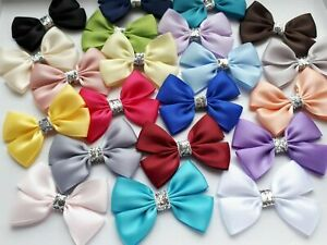 6 X CHRISTMAS BOWS DOUBLE SATIN BOWS CRAFT GIFT BOWS 7 X 5 CM SILVER GLITTER UK