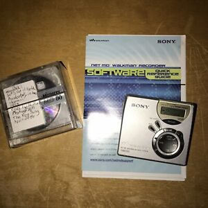 SONY MINI DISC WALKMAN MZ-N510 PLAYER tested & sounds great comes with 5 mix dis