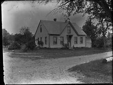 Antique 4x5 Glass Plate Negative Small Family Home (V4415)