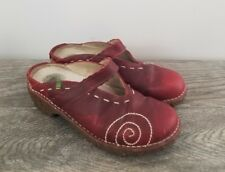 EL NATURALISTA Red Leather Clogs Mules, Artsy & Fun, Size 38, GUC, Outdoorsy!
