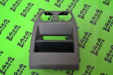 LAND ROVER DISCOVERY 3 GENUINE REAR CENTRE CONSOLE TRIM SURROUND IN GREY