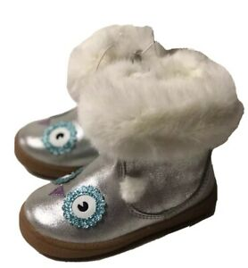 New Girls Boots Booties Cat & Jack Silver Owl Faux Fur 6
