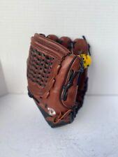 """Demarini MEDUSA A0925 MDC12 12"""" Fastpitch Softball Fielders Glove RHT NEW"""
