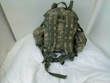 US Military Molle II  3 Day Assault Universal Camo + 2 Canteen & 2 IFAK Pouches