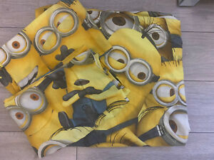 Double Duvet Cover & Matching Pillowcases Reversible Minions Character Bedding