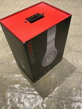 Beats by Dr. Dre Studio Silver in working condition - Wired Over Ear Headphones