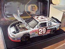 NASCAR 2014 CHASE WINNER KEVIN HARVICK #29 GM 2002 ELITE CAR