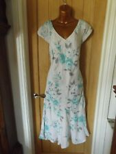 Gorgeous white blue floral linen cocktail party Per Una dress size 16 L