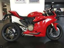 Panigale 1160 to 1334 cc Capacity Motorcycles & Scooters