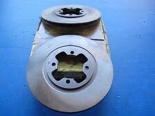 2 Disques de freins avant ventilés Lucas pour Nissan Bluebird, Vanette