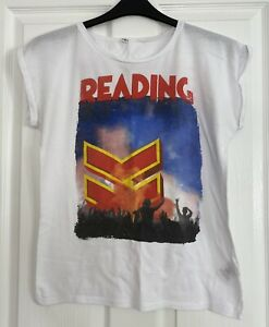 Ladies Reading Festival 2016 Tshirt. Size 10. Red Hot Chilli Peppers Chvrches
