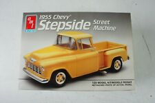 AMT Ertl 6004 1955 Chevy Stepside Street Machine S1/25 SCALE Model Kit  Z-2573