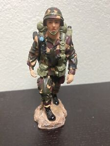 """Vanmark American Heroes """"Another Morning Stroll"""" Army Figurine 2000"""