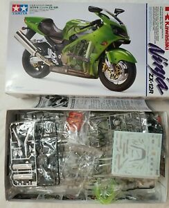 2001 TAMIYA #14084 KAWASAKI NINJA ZX-12R - 1/12 SCALE MODEL KIT  - OPEN BOX