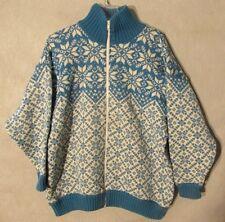 V6993 Kate Covington Women's Medium Blue/White Snowflake Sweater Worsted Wool