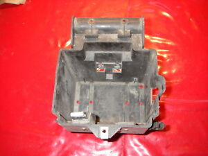 BATTERIEFACH BATTERIEHALTER  BATTERIE BATTERY CASE Piaggio Hexagon 125 150 180