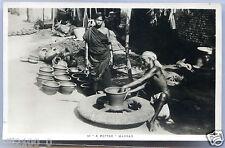 Inde . Madras . un potier . a potter . 1934