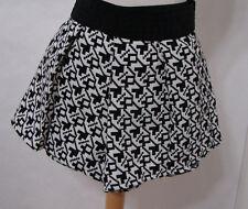 PULL & BEAR Skort Shorts Black & White Aztec Print Pleated Stretch NWT $359 M