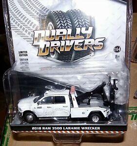 1:64 GreenLight DUALLY DRIVERS 5 White Dodge RAM 3500 TOW TRUCK WRECKER 46050