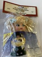"""Fibre Craft 2 3//4"""" Doll Head And Hands Blonde NEW"""