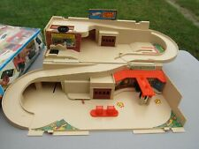 Vintage 1979 Hot Wheels Service Center, STO & GO Playset in Original Box Mattel