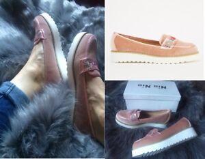 Ladies Embroidered Velveteen Flatform Light Pink Shoes Size 5